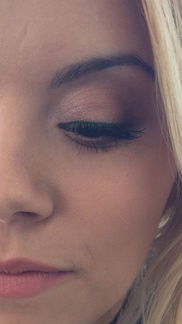 Soft smokey perfect for day and night