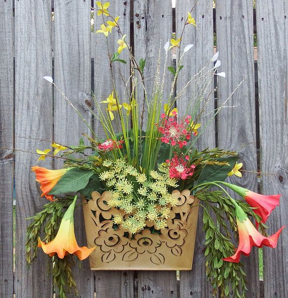 Summer wreathSpring and Summer Yellow Wall basket  Floral