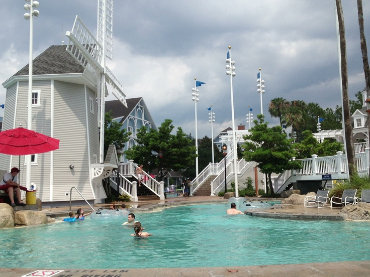 Pool time at Yacht Club. Lazy river here I come.