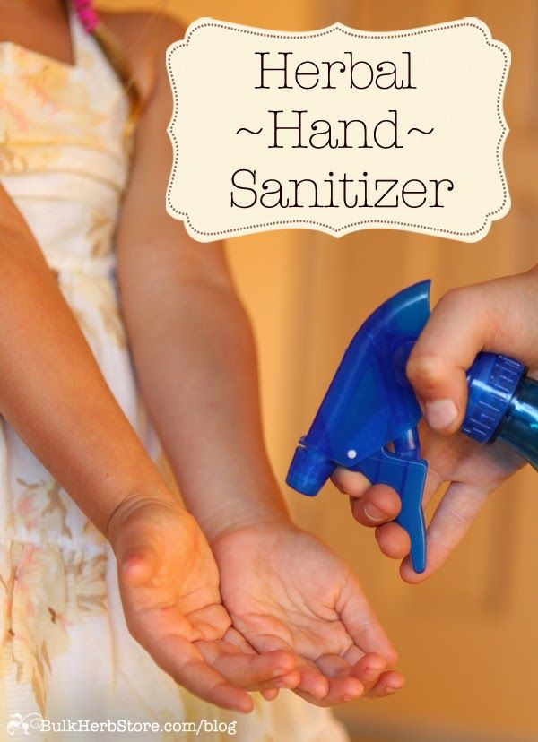 diy thieves hand sanitizer spray via: how to just about anything