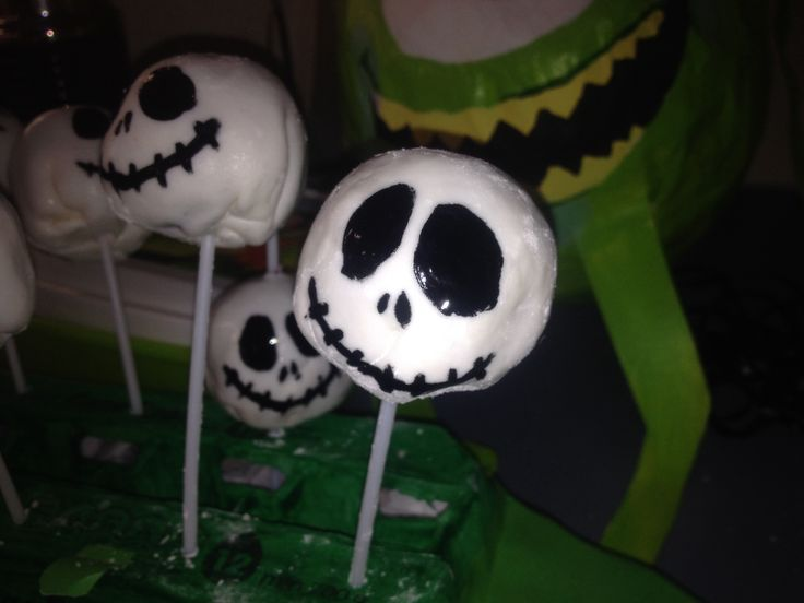 """Jack Skeleton """"Cake Pop's"""" (without the Pop in the end...) ;)"""