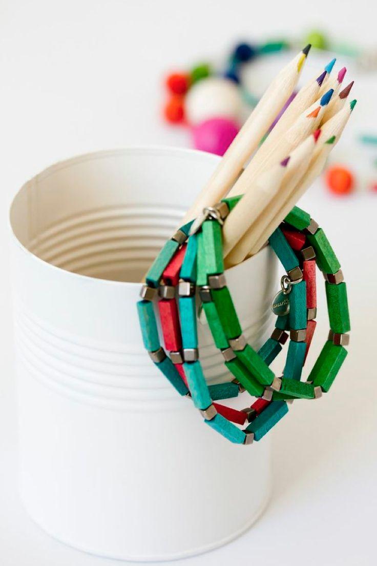 Wooden Olki bracelet, green, turquoise - Aarikka