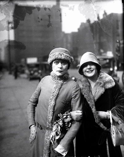 Theda Bara and Norma Talmadge, 1926  viahttps://www.facebook.com/TheDressingRoomMag