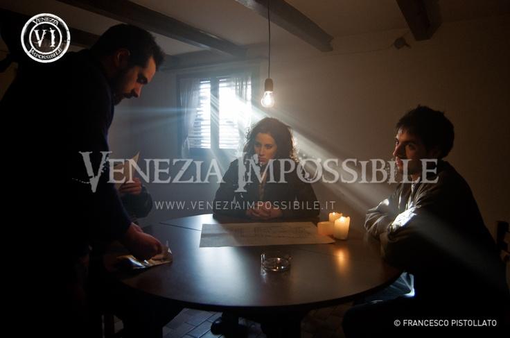 Da sinistra, Pino Caterino [attore], Elena Semenzato [co-protagonista] e Alessandro Cappellazzo [attore].  Location: abitazione privata, Fontane di Villorba.