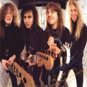 Metallica - Garage Days Re-Revisited.  Discazo de Metallica versionando clásicos de sus bandas favoritas. Newsted acababa de llegar a la banda.  Solo hay que escuchar Helpless para quedarse enganchado a esta joya.