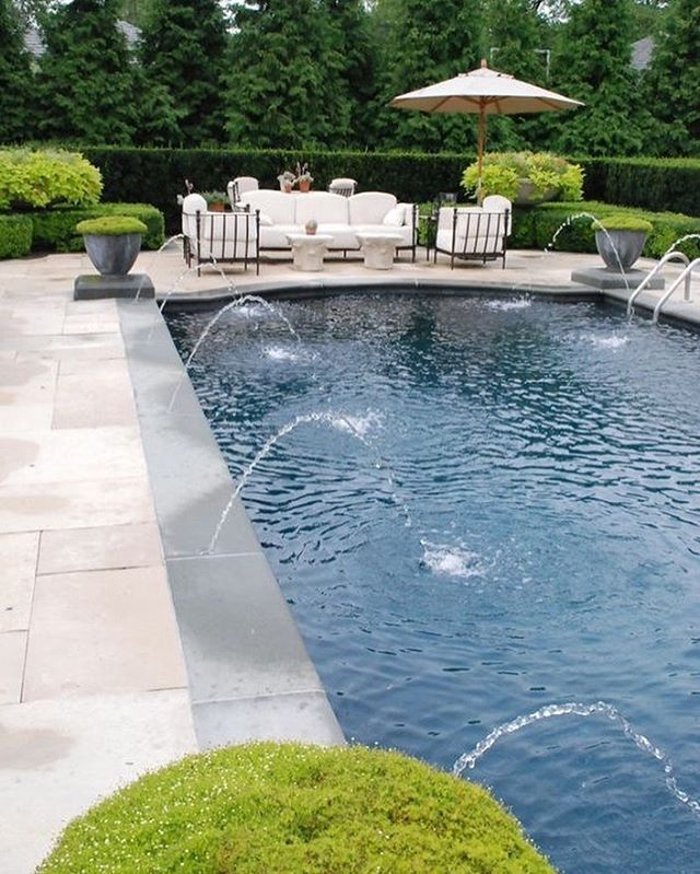 6 Small Backyard Ideas With A Pool Pool House Decor Cool Swimming Pools Modern Pools