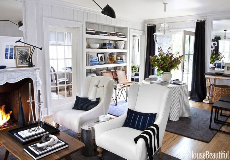 My insanely talentedfriend Michelle Adams just had her home published in House Beautiful's February issue and I hope she's looking for a roommate because I'm ready to move in. The founderof Lonny...