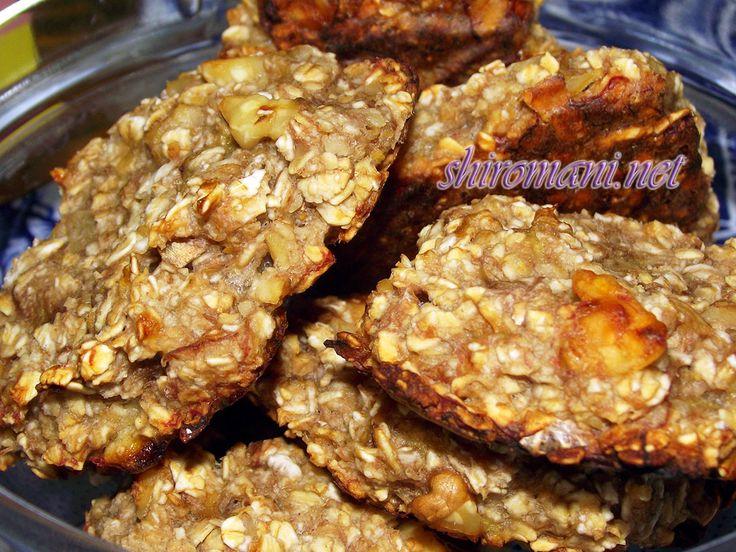Овсяное печенье без муки и яиц (подходит для веганов). Также в этом рецепте печенья без муки не используется масло и другие молочные продукты.