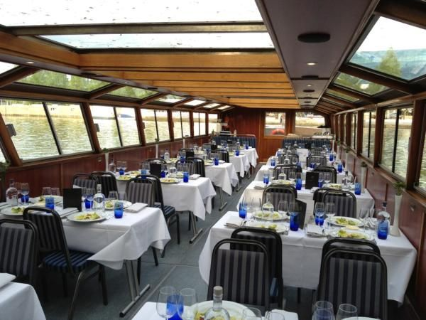 ".@KrasEvents: ""It will be busy on the canals tonight! Our #dinnercruise with @vijffvlieghen will also start soon!"" #DinnerCruise #Amsterdam #KrasEvents #EventsinBusiness"