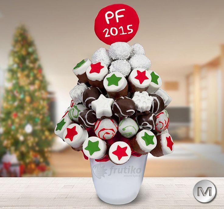 Celebrate Christmas 2014 with delicious cake flower http://www.frutiko.cz/en/christmas-cake