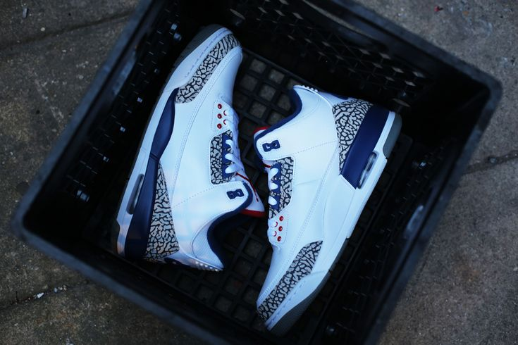 Air Jordan 3 True Blue 3