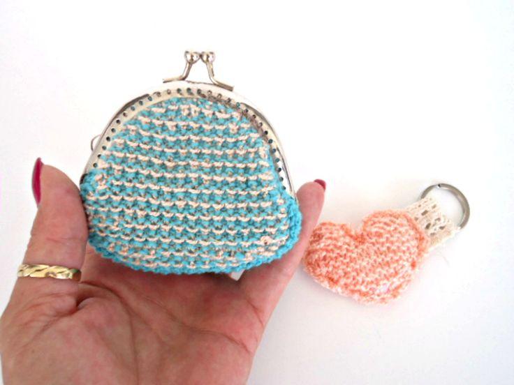 small kiss lock coin purse