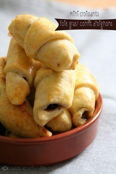 Mini croissants foie gras et oignons confits