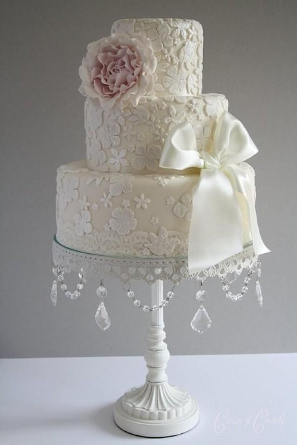 Fondant Wedding Cakes ♥ Vintage Wedding Cake