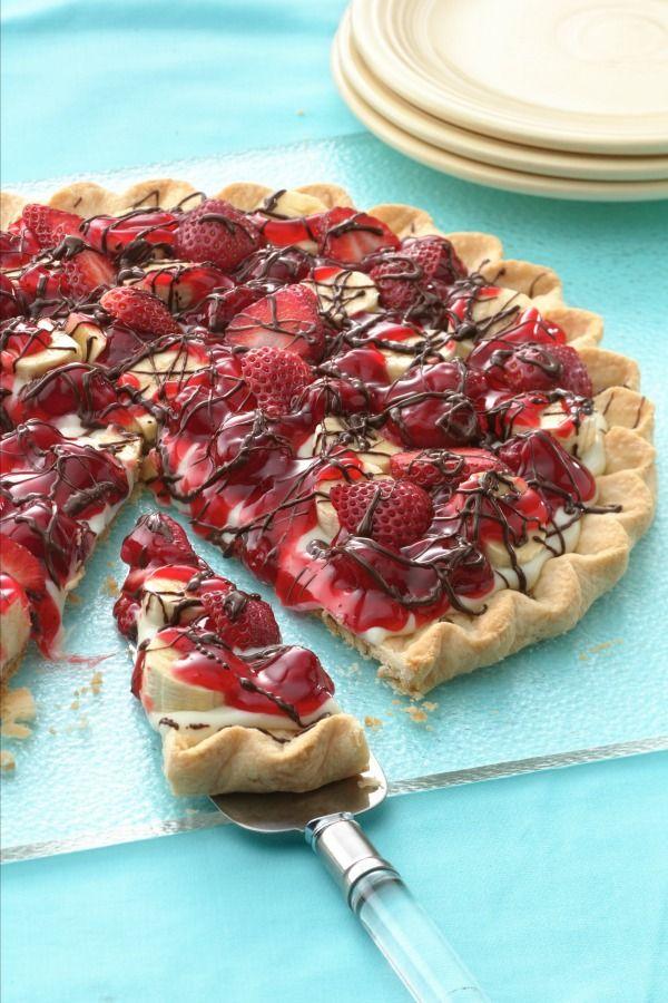 Refrigerated pie crust + yogurt filling + fruit + chocolate = Banana Split Tart