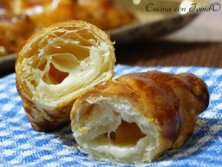 cornetti_al_formaggio
