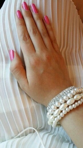 Pink nails and diamonds