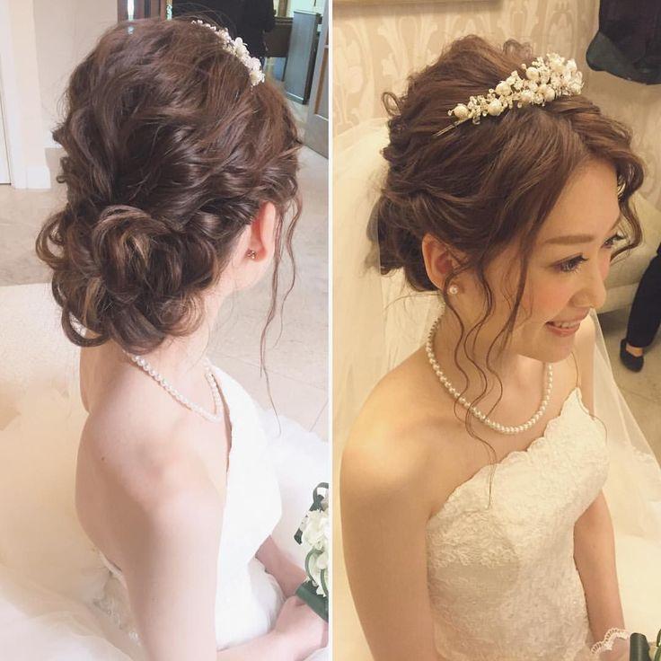 いいね!322件、コメント1件 ― Hitomi Homma Wedding Hair Makeさん(@hitomimakeup)のInstagramアカウント: 「挙式スタイルはウェーブシニヨン 顔周りの後れ毛が可愛らしさをぐっと引き立てます!…」