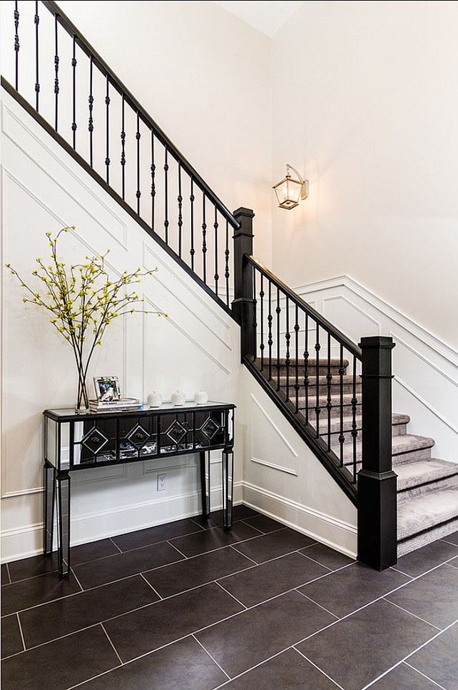 Best 20 foyer design ideas on pinterest foyer ideas for House plans with stairs in foyer