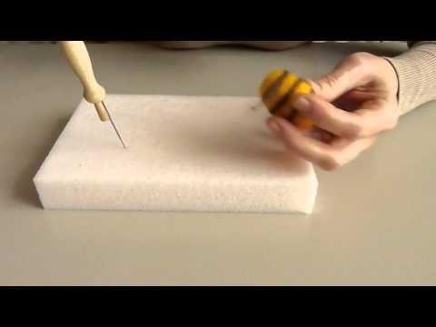Tuto abeille en laine cardée Ô Merveille ! - YouTube