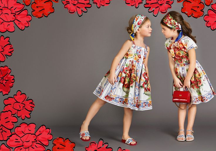Discover the new Dolce & Gabbana Children Girl Collection for Fall Winter 2017-18 and get inspired.