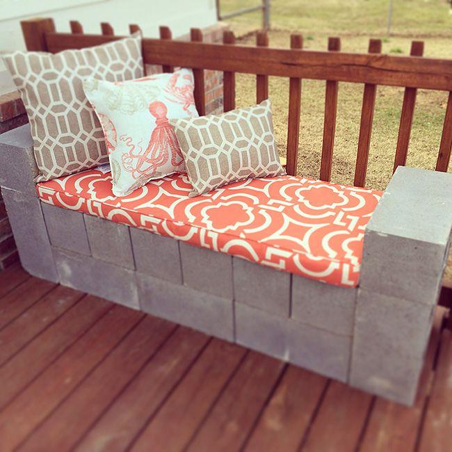 5 Ways to Use Cinder Blocks in the Garden - Ideas and Tutorials!