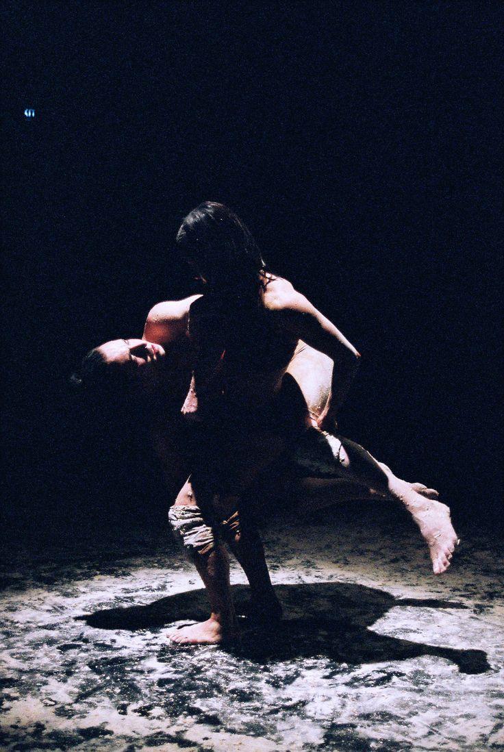 RISE.  Dancers: Natalie Hona, Will Barling Photographer: Derek Simpson