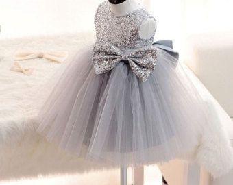 Plata alta costura-vestido plata y Tul vestido por VintageModTots