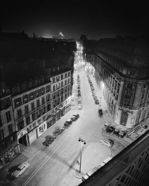 Paris by night, rue du Bac 7° arrondissement  1930's