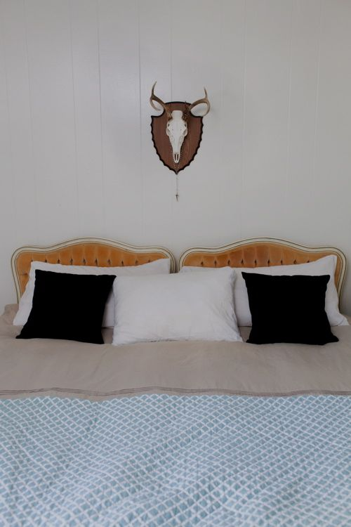 Hmm using matching twin headboards instead of one - What to use instead of a headboard ...