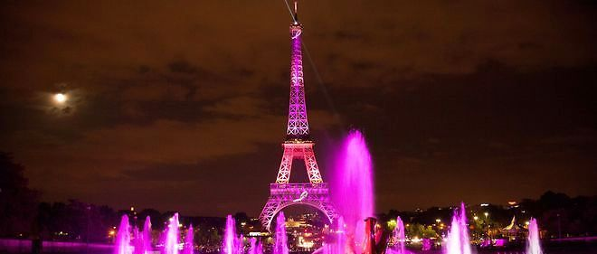 C'est ce soir que sera lancé Octobre rose, le mois de sensibilisation à la lutte contre le cancer du sein.