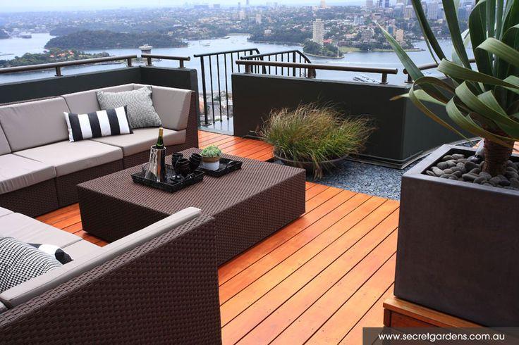 Low planting long flex. Rooftop Garden   Sydney City