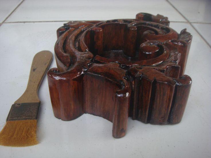 Asbak kayu Ukir #01 Tampak dari sisi samping juga