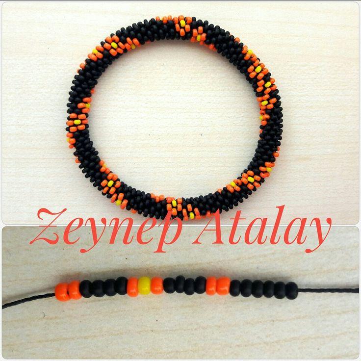 #zeynepatalay. Sandperlenarmband, gehäkelte 6s. Um 6.   – Zeynep Atalay Bracelet
