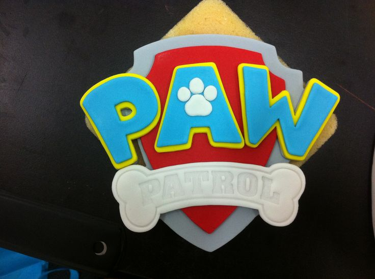 Fondant Paw Patrol Logo for 2 Tier Paw Patrol Cake.