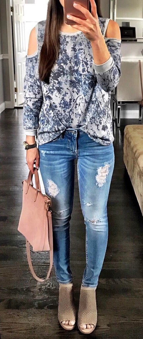 fashion trends outfit printed top + bag + rips