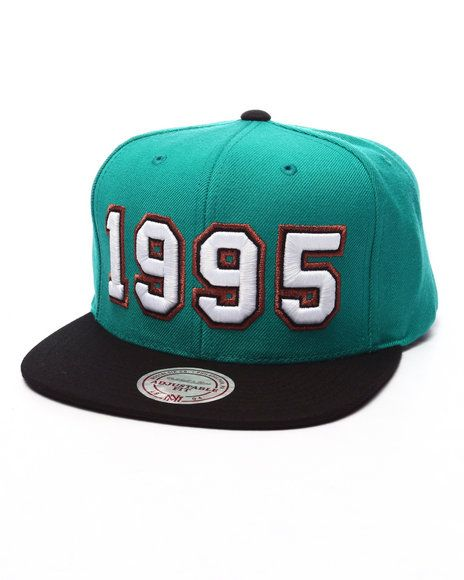 Mitchell & Ness - Vancouver Grizzlies Expansion Pack 1995 Snapback Cap