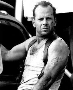 Bruce Willis confirm� Jungla de cristal 5