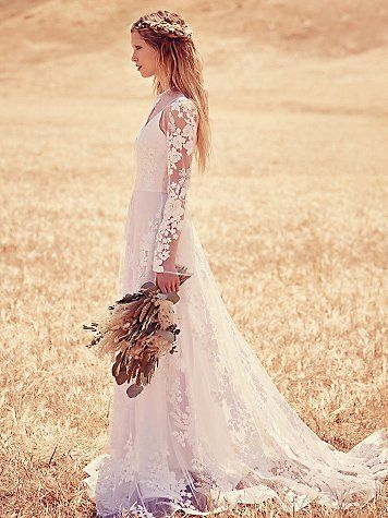 lace boho wedding dress