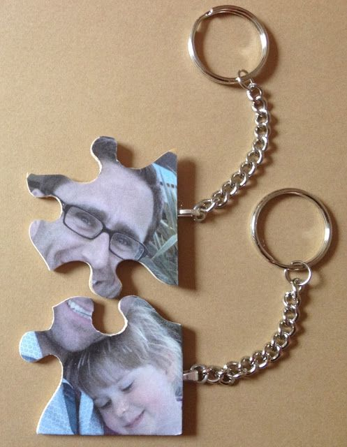 Me and my shadow: Upcycled Jigsaw Puzzle Pieces - How to make photo keyrings from a jigsaw with missing pieces.