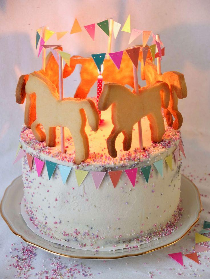 Karussell Torte mit Pferdchen