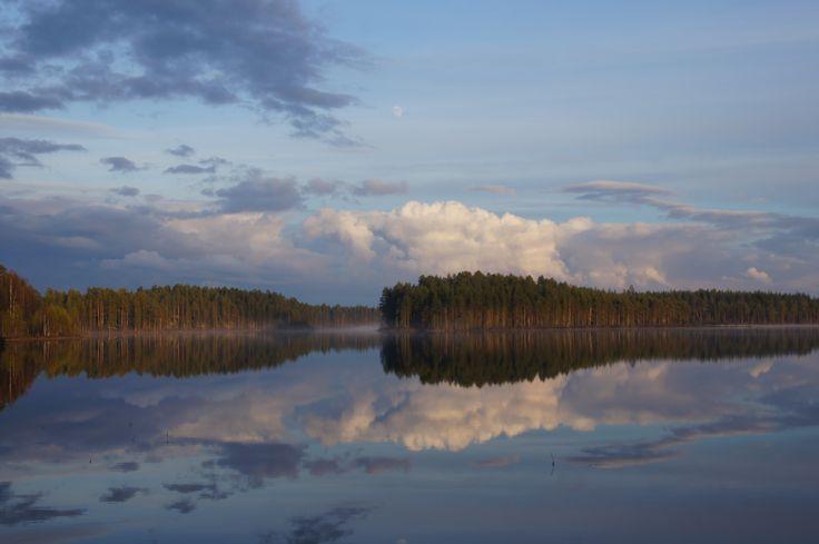 Kesäilta Mäntyjärvellä Itä-Suomessa