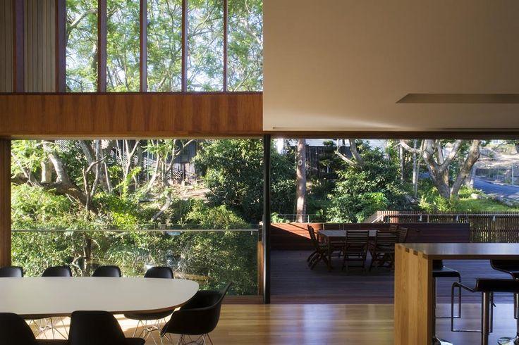 Void design, kitchen/living. Richard Kirk Architect