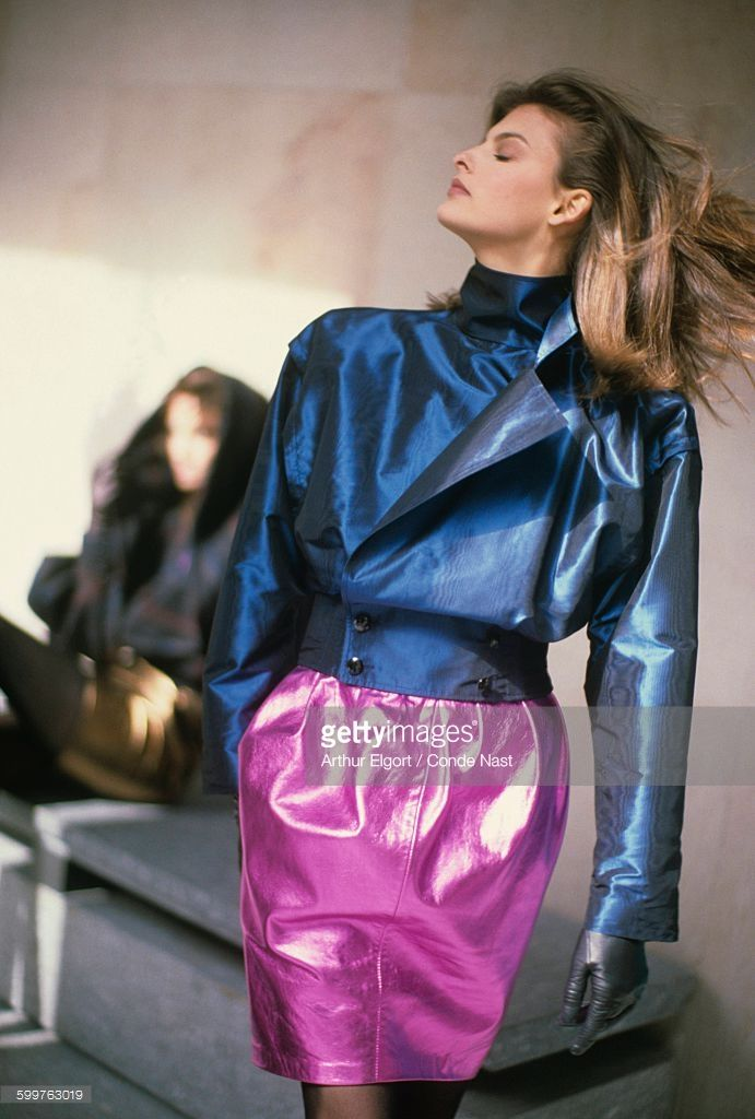 News Photo : Model Linda Evangelista wearing blouson in blue...