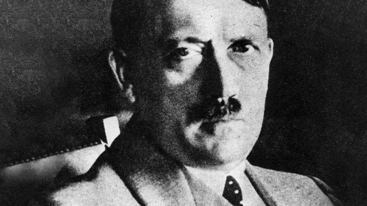 """ICYMI: """"Hitler sí era un señor"""": Amenazas a inmigrantes en un chat de la Policía de Madrid"""