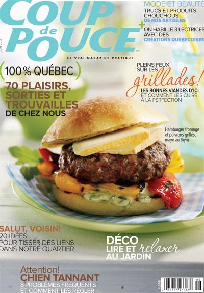 En couverture de notre magazine de juin 2012: Notre hamburgers au fromage et aux poivrons grillés, mayo maison au thym.