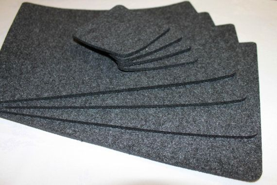Simple Shape Felt Placemats and coasters .   Set of 8 (4 mat table and 4 coasters) size: Mat Table 29 cm x 22 cm 11,5 x 9 inch  Coasters 10 cm x 10
