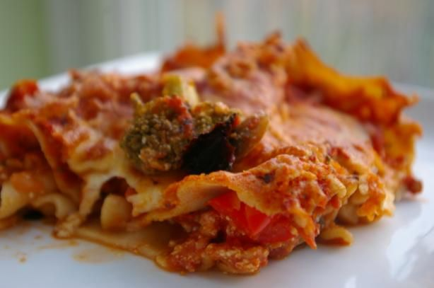 """Easy Cheese Lasagna: """"Easy, healthy, and tasty. I've been trying to find good non-meat meals to try, and this one worked with the wife and kids."""" -DaddyO'"""