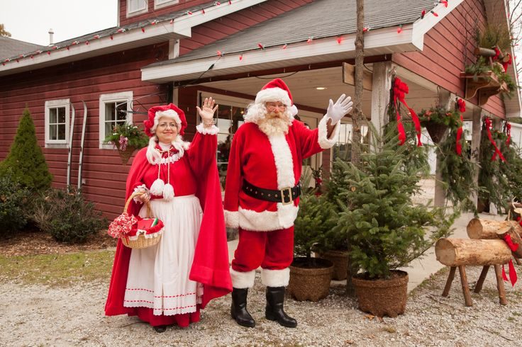 Santa Amp Mrs Claus At Hensler S Christmas Santa S
