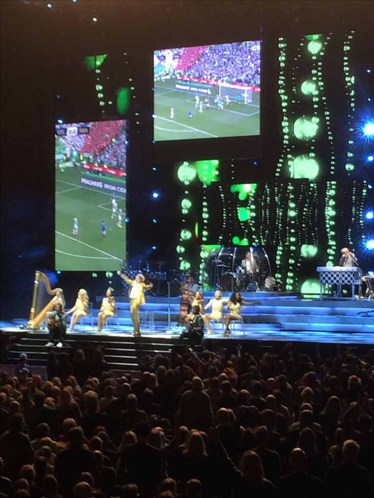 Til Rod Stewart koncert i Royal Arena d. 23/2-17. Fantastisk oplevelse, flot scene show og ingen tvivl om at Rod Stewart er Celtic fan
